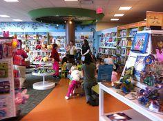 Portare i bambini in libreria - Come motivare il bambino a leggere (di più) o ad avvicinarlo alla lettura - 04