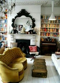 Cozy Home Library Interior Idea (9)