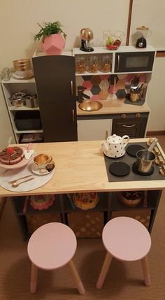 Kids kitchen hack, so beautiful! Kids kitchen hack, so beautiful! Diy Kids Kitchen, Toy Kitchen, Kitchen Hacks, Cubby Houses, Play Houses, Toy Rooms, Little Girl Rooms, Diy For Kids, Kids Playing