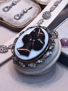 Cameo from a jeweller on Burlington Arcade (will find out which asap)