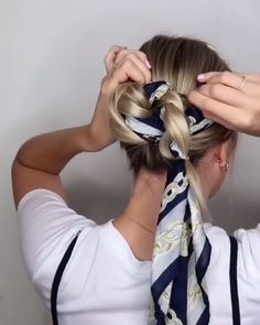hair scarf styles This is going to be a good hair day! Easy Hairstyles For Long Hair, Scarf Hairstyles, Pretty Hairstyles, Braided Hairstyles, Hairstyles Videos, Natural Hairstyles, Hairstyles With Ribbon, Hairstyles For Working Out, Ribbon Hairstyle