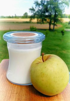 Check out this item in my Etsy shop https://www.etsy.com/listing/385432460/warm-apple-dumpling-soy-candle-hand
