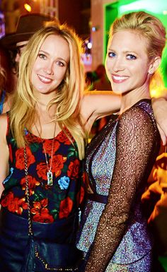 Anna Camp & Brittany Snow