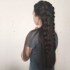 Half up Double braid yaaass! 220g #EDENdarkbrown clip ins is a go to recreate this look. Also so easy to put in; only takes 10 minutes.  #EDENhairextensions #EDENextensions