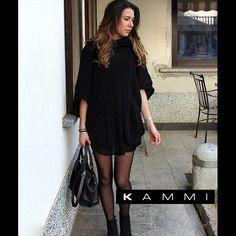 L'outfit del giorno è #TotalBlack!   Approfitta dei saldi e scegli la Kammi perfetta per completare i tuoi outfit più #dark-> http://www.kammi.it/  Grazie a @vallymarinoni per la foto 😘  #KammiStyle #Saldi
