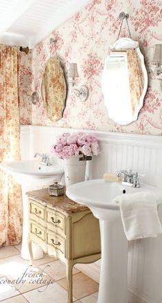3 ideas para utilizar una mesita de noche en el baño   Bohemian and Chic