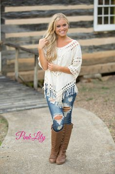 This adorable crocheted blouse is so beautiful - it's the perfect way to welcome fall weather!