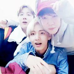 BTS Hope On The Street Live | V, Jimin , J-Hope #뷔 #태형 #태태