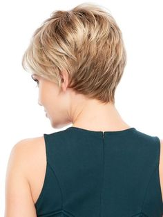 Layered Short Hairstyles for Thin Hair