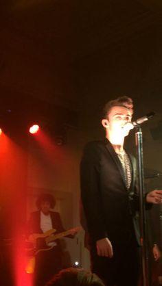 Nathan em Londres, na Inglaterra. (via @Jemma_Loves_TW) #CoberturaTWBR