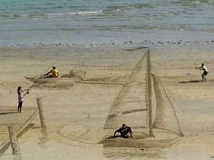 Cool 3D art on the beach in New Zealand Apr 28 2014