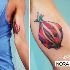 Geométrico #geometrictattoo #armtattoo #fruit #color #tatuaje #tattoos #iristattoo #palermo #buenosaires #argentina