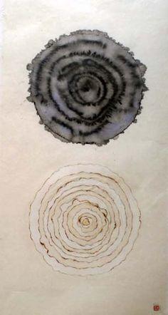 Minjung Kim Jung So Min, Black And White Abstract, White Art, Ace Of Pentacles, Circle Symbol, Gravure Illustration, Cream Soda, Korean Art, Zen Art