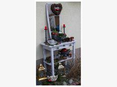 Deko von schildiwolf Bottle Opener, Home Appliances, Wall, Old Baskets, Antique Chairs, Small Closet Storage, Garden Centre, Repurposed, House Appliances