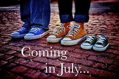 baby Oliver due July pregnancy announcement I realize you aren't pregnant or anything, but look at the Converse! Cute Baby Announcements, Cute Pregnancy Announcement, Pregnancy Photos, Pregnancy Advice, Boy Announcement, Pregnancy Goals, Pregnancy Belly, Funny Pregnancy, Early Pregnancy