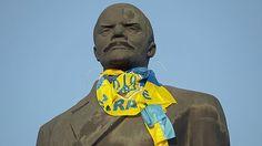 Lenin geht es heute in der Ukraine an den Kragen, reihenweise stürzt seine Statue. Doch das allein wird nicht reichen, das Land voranzubringen.