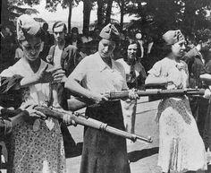 Milicianas de La Guerra Civil Española (1936-1939).