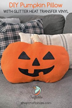 Get your home ready for Halloween with this cute DIY pumpkin pillow with glitter heat transfer vinyl! Vinyl Crafts, Vinyl Projects, Craft Projects, Pumpkin Pillows, Diy Pumpkin, Halloween Vinyl, Glitter Heat Transfer Vinyl, Subway Art, Vinyl Shirts