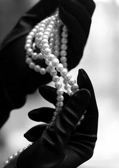 Image about black and white in dc:Selina Kyle by dollita Pearl And Lace, Pearl White, Catwoman, Black Satin, Black And White, String Of Pearls, Black Gloves, Monochrom, White Aesthetic
