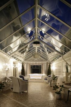 Panoramica : Classic style conservatory by Studio di Architettura Alberto Ambrosini