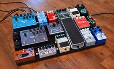We interview Andy Othling about his current pedalboard. Check it out :)