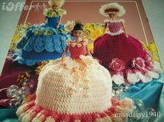 Free+Crochet+Tissue+Doll+Patterns | Christmas Crochet Pattern Mrs Claus Toilet Tissue by CrochetSal