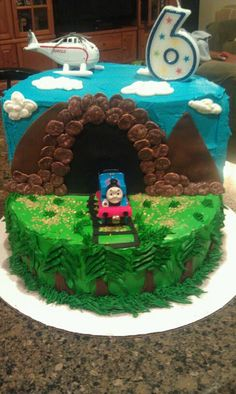 THOMAS THE TRAIN THEMED CAKE