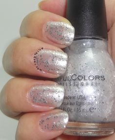 Sinful Colors  ● Silver belle