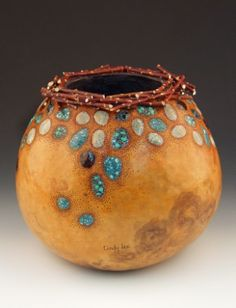 Using inlace and resins for inlays on gourds