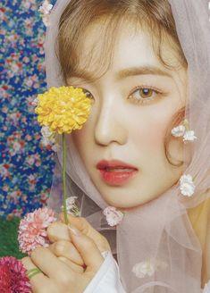 Irene# red velvet Japanese# comeback# K-pop Seulgi, Red Velvet アイリーン, Red Velvet Irene, Kpop Girl Groups, Kpop Girls, Girly, How To Pose, Mini Albums, Asian Beauty