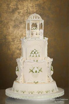Rose garden wedding cake Extravagant Wedding Cakes, Floral Wedding Cakes, White Wedding Cakes, Beautiful Wedding Cakes, Beautiful Cakes, Wedding Cake Icing, Royal Icing Cakes, Carousel Cake, Dream Cake