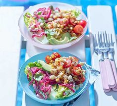 Excite your tastebuds with a salad combining sweetcorn, cherry tomatoes, macadamia nuts and avocado with a kick of chipotle chilli. Ideal for a barbecue Bbq Salads, Corn Salads, Chipotle Paste, Corn Salad Recipes, Bbc Good Food Recipes, Fun Recipes, Summer Bbq, Side Salad, Smoked Paprika