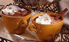 The authentic spices give traditional hot chocolate a kick! To really give yourself a treat make some gluten-free brownie muffins. INGREDIENTS½ c organic dark cocoa powder¾ c superfine suga Hot Chocolate Coffee, Café Chocolate, Milk Recipes, Spicy Recipes, Stevia Recipes, Healthy Recipes, Tostadas, Smoothies, Cooking Time