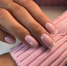 Hey there lovers of nail art! In this post we are going to share with you some Magnificent Nail Art Designs that are going to catch your eye and that you will want to copy for sure. Nail art is gaining more… Read Blush Nails, Pink Nails, Gel Nails, Nail Polish, Glitter Nails, Perfect Nails, Gorgeous Nails, Pretty Nails, French Nails