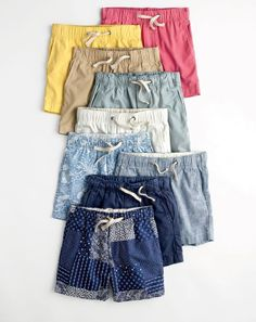 We sized down some of Dad's absolute favorite styles especially for him. Including these extra-comfy (and colorful!) crewcuts dock shorts— built for school days, Saturdays and everything in between. Boy Fashion, Mens Fashion, Fashion Outfits, Fashion Goth, Vintage Men, Vintage Fashion, Gothic Dress, Latex Fashion, Men's Swimwear