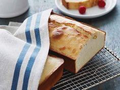 Buttermilk Pound Cake recipe from Alton Brown via Food Network Best Dinner Party Recipes, Just Desserts, Dessert Recipes, Food Network Recipes, Cooking Recipes, Cooking 101, Brownies, Buttermilk Pound Cake, Buttermilk Recipes
