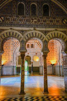 Moorish Palace inside the Royal Alcazars of Sevilla - Spain Ahhhh, I remember the amazing architecture! Islamic Architecture, Beautiful Architecture, Art And Architecture, Sevilla Spain, Spain And Portugal, Moorish, Seville, Spain Travel, Islamic Art