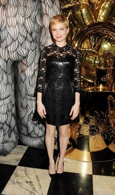 The beautiful Michelle Williams wearing the Lace Panel Dress in black from Mulberry. #FNO