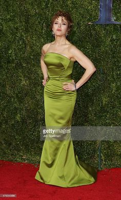 Actress Bernadette Peters attends American Theatre Wing's Annual Tony Awards at Radio City Music Hall on June 2015 in New York City. The Goodbye Girl, Annie Get Your Gun, Bernadette Peters, Radio City Music Hall, Strapless Dress Formal, Formal Dresses, Celebs, Celebrities, Redheads
