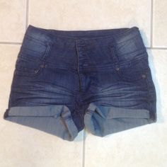 High waisted denim shorts These dark wash high waisted jean shorts have a permanent cuff. Size is 9 not 8 Kiss Jeans