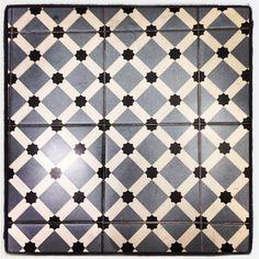 Barcelona hidraulic floor