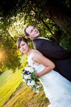 Hochzeit: fotografiert | © hochzeitsfotos.in-fluenz.de Wedding Dresses, Fashion, Wedding Photography, Dress Wedding, Getting Married, Nice Asses, Bride Dresses, Moda, Bridal Gowns