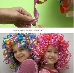 como hacer una peluca con cintas de papel para el dia del niño