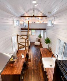 Tyni House, Tiny House Cabin, Tiny House Living, Tiny House Design, Small Living, Tiny Houses Plans With Loft, Tiny House On Wheels, Tiny Apartments, Tiny Spaces