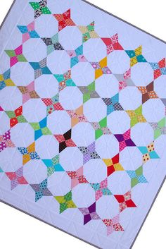 Not only is this a Quilt Tutorial but the pattern is free too.  Thanks Rita a lot!!
