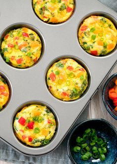 overhead photo of omelet muffins in a muffin panYou can find Egg muffins and more on our website.overhead photo of omelet muffins in a muffin pan Breakfast Dishes, Healthy Breakfast Recipes, Brunch Recipes, Healthy Snacks, Healthy Recipes, Egg Cupcakes Breakfast, Breakfast Dessert, East Breakfast Ideas, Breakfast In Muffin Tins