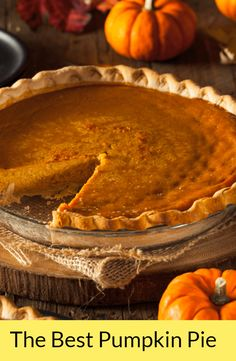 Delicately spiced, lightly sweetened this Best Pumpkin Pie will win everybody's hearts!#PumpkinPieRecipe, #ClassicPumpkinPie, #ThanksgivingPumpkinPieRecipe, #Pumpkin, #Baking, #Holidays, #Delicious, #HomemadePie, #Spice, #Pie, #Dessert, #Fall, #Thanksgiving, #Eggs, #EggYolk, #Ginger