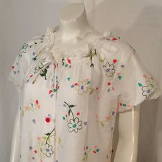 Vintage Medium M 70s Mod Flower House Dress Button Front Short Sleeve with Lace White with Red Purple Green Peach Made in USA Seventies by CarolinaThriftChick on Etsy