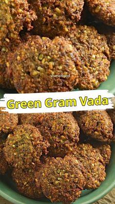 Tasty Vegetarian Recipes, Veg Recipes, Spicy Recipes, Curry Recipes, Pakora Recipes, Paratha Recipes, Chaat Recipe, Easy Snacks, Healthy Snacks