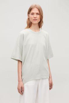 Circle-Cut Jersey T-Shirt | Endource Minimal Outfit, Minimal Fashion, Cos Shirt, Cos Tops, Green Tops, Casual T Shirts, Editorial Fashion, Women Wear, Short Sleeves